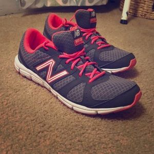 Never worn light weight New Balance Sneakers